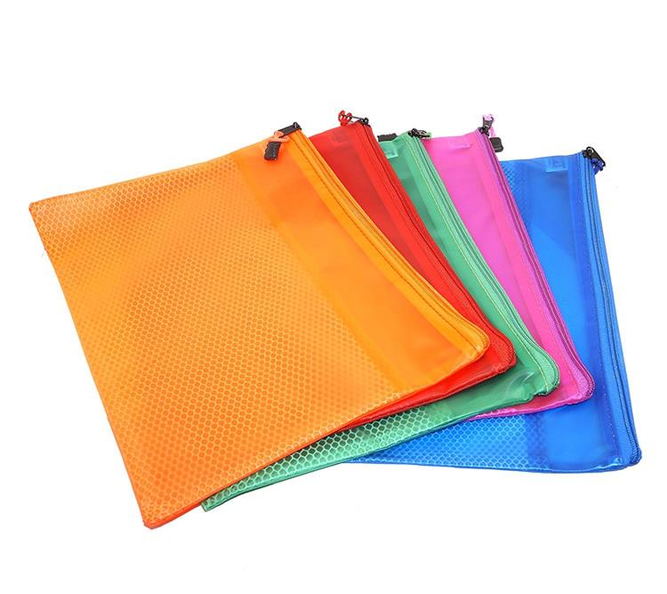 Medium Plastic Bag - 5 Pack