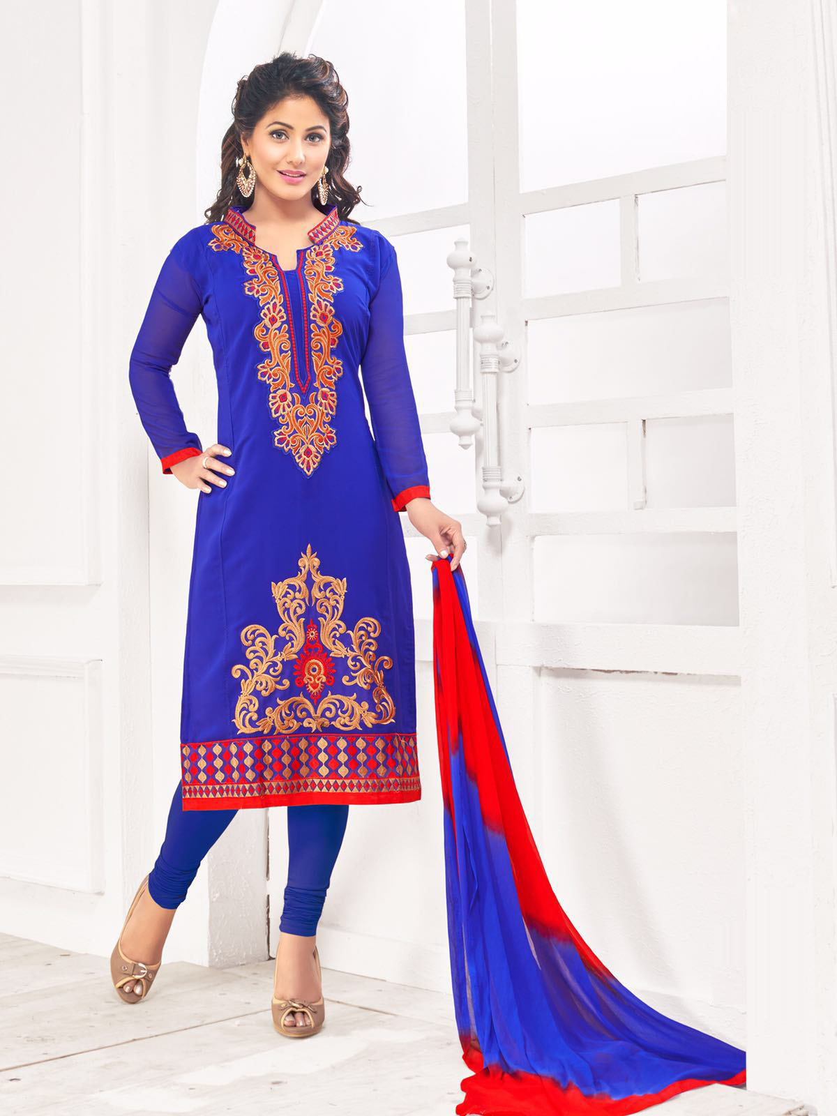 �Beautiful Designer Georgette Embroidered Blue Semi Stitched Salwar Suit