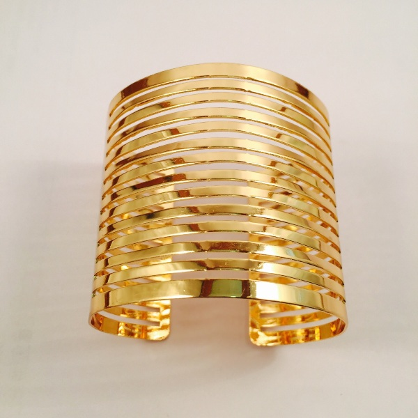 Chic Gold toned cuff bracelet