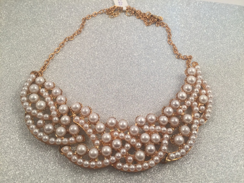 Pearl filled collar statement necklace in Gold toned