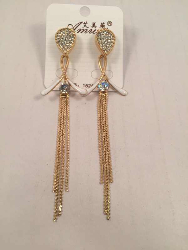 Drop shaped diamond finish chic gold and white earrings