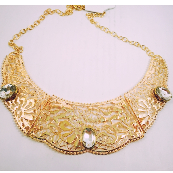 Glamorous gold toned with transparent stones necklace