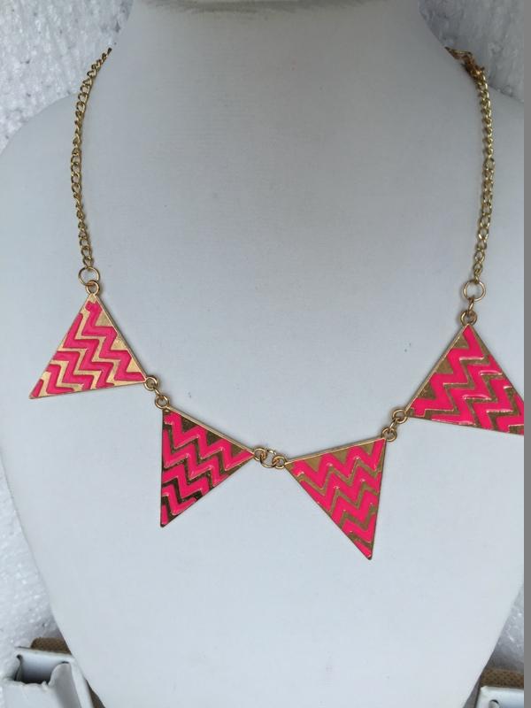 Traingular shaped designer pink colored necklace