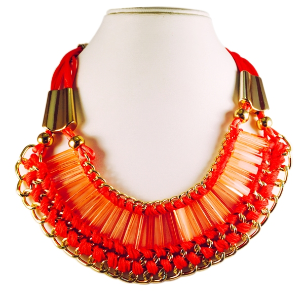 Bright pink threaded chain gold toned necklace