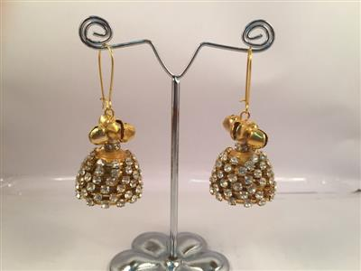 Perfect bridal chan chan style paper quilled with glossy silver or gold toned finish jhumka
